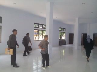 Rektor Tinjau Kesiapan 2 Gedung Baru