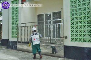 Patuhi Maklumat MUI dan PP Muhammadiyah, Masjid Yusuf Polapa Ditutup